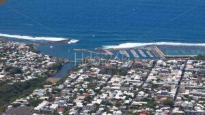 Photo aérienne du port de Saint-Pierre