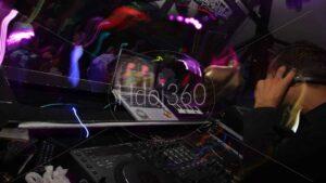 Photographie table de mixage et DJ