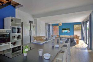 grande_cuisine_photographie_immobiliere_La_Reunion