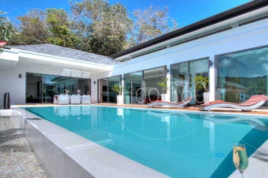 Photographie professionnelle d'une piscine