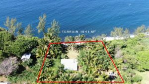 Drone parcelle avec vue mer Manapany
